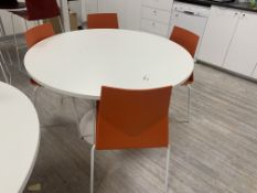 4 SEATER TABLE WITH 4 CHAIRS