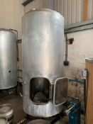 Stainless steel 1,300-litre (1,150 litre max. usable advised) vertical cylindrical insulated '