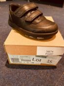 NEW AND BOXED CLARKS I-7 BLACK