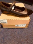 NEW AND BOXED CLARKS BLACK UK 3
