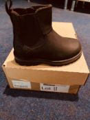 NEW AND BOXED I I-3TIMBERLAND BLACK BOOTS I-7
