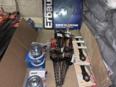 30 PIECE TOOL LOT INCLUDING DRILL BITS, CUTTING DISCS, METAL STRIPPERS ETC