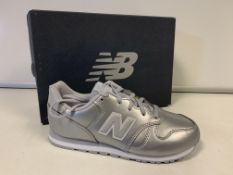 (NO VAT) 3 X BRAND NEW CHILDRENS NEW BALANCE SILVER TRAINERS SIZE J2