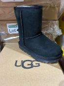 NEW & BOXED UGG BLACK BOOT SIZE INFANT 7