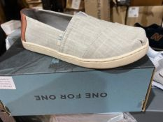 NEW & BOXED TOMS GREY SHOE SIZE INFANT 13
