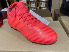 NEW & BOXED ADIDAS ORANGE FOOTBALL BOOT SIZE JUNIOR 4