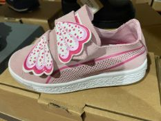 NEW & BOXED PINK BUTTERFLY VELCROW TRAINERS SIZE INFANT 11