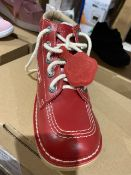 NEW & BOXED KICKERS RED SHOE SIZE UK 4