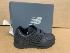 (NO VAT) 2 X BRAND NEW CHILDRENS NEW BALANCE BLACK TRAINERS SIZE i9