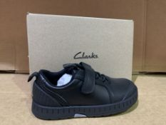 (NO VAT)7 X BRAND NEW CLARKS APOLLO STEP SHOES SIZE 9