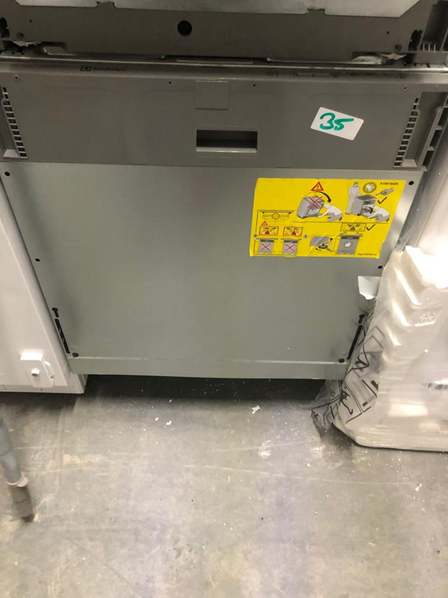 NEW/GRADED AND UNPACKAGED Electrolux KEAF7100L 60cm wide Fully Integrated Dishwasher (Ex demo)