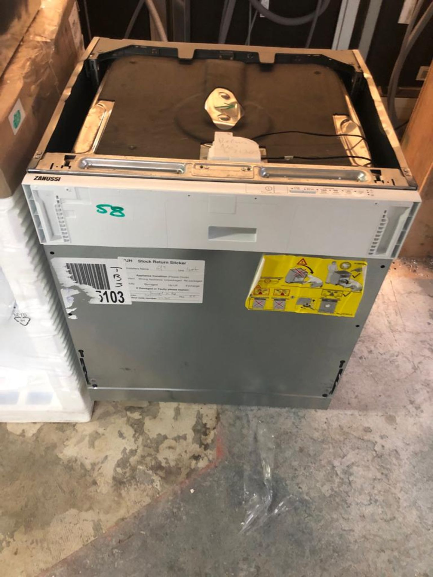NEW/GRADED AND UNPACKAGED Zanussi, ZDLN1511, Fully Integrated Dishwasher (Dent in the top)