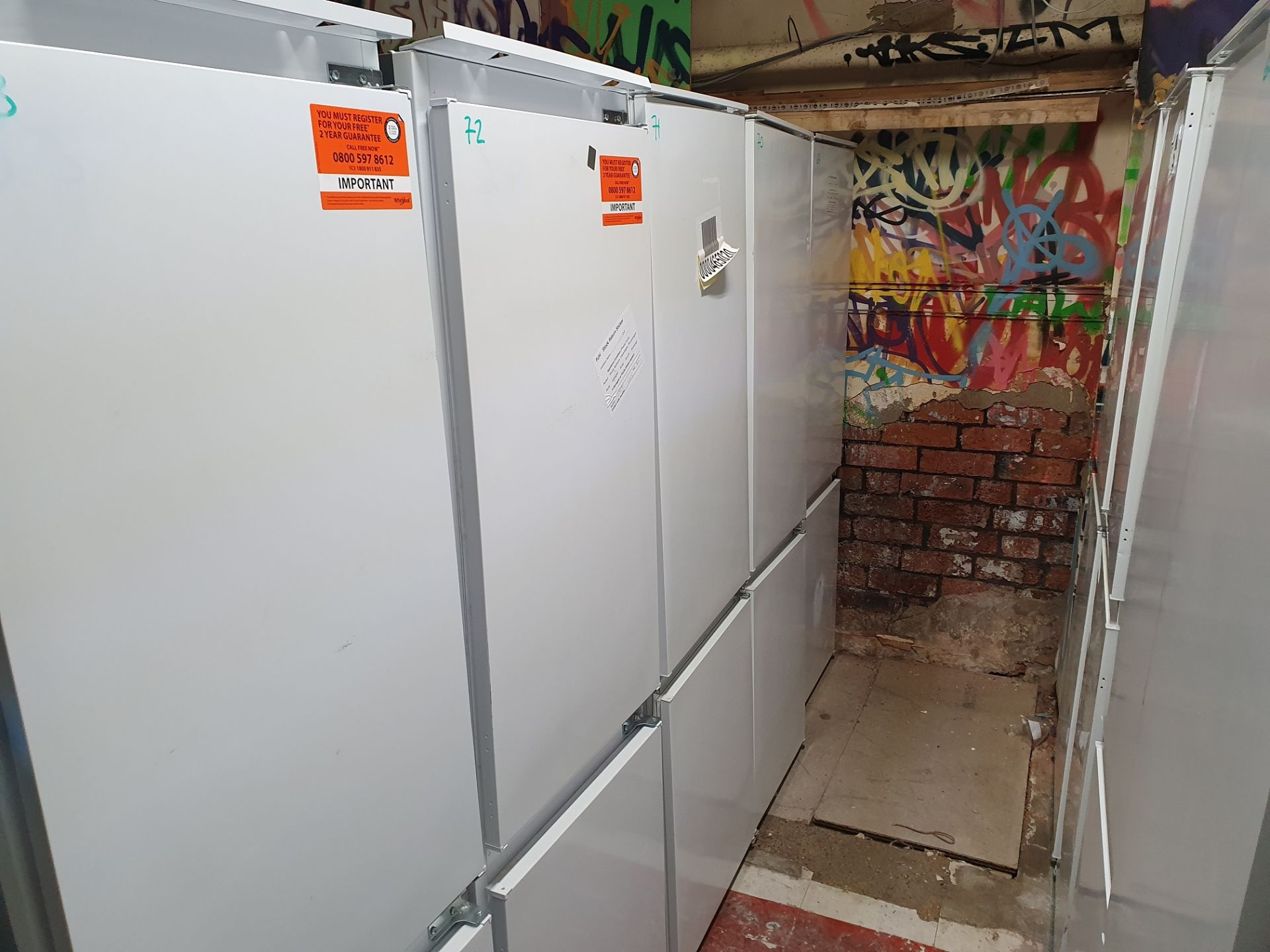 NEW/GRADED AND UNPACKAGED Electrolux ENN2801EOV Built-in 70:30 split Fridge Freezer (Brand new - Image 8 of 14