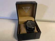 BRAND NEW BOXED GUESS WATCH