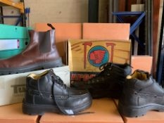 4 x PAIRS OF VARIOUS WORK BOOTS TO INCLUDE TASKERS, APACHE ETC (72/13)
