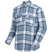 (24) BOX LOT TO INCLUDE 8 ITEMS: 1X Regatta Tygo LS Checked Lined Shirt [Colour: Captains Blue] [