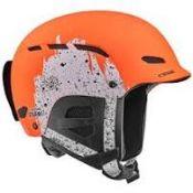 (16) BOX LOT TO INCLUDE 8 ITEMS: 1X Cebe Contest Ski and Snowboard Helmet[Colour:Matt Ciment