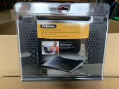 25 X BRAND NEW FELLOWES SOUND PAD NETBOOK RISERS