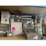 15 PIECE MIXED LIGHTING LOT TO INCLUDE CEILING LIGHTS, WALL LIGHTS ETC. ORIGINAL RRP VALUE CIRCA £