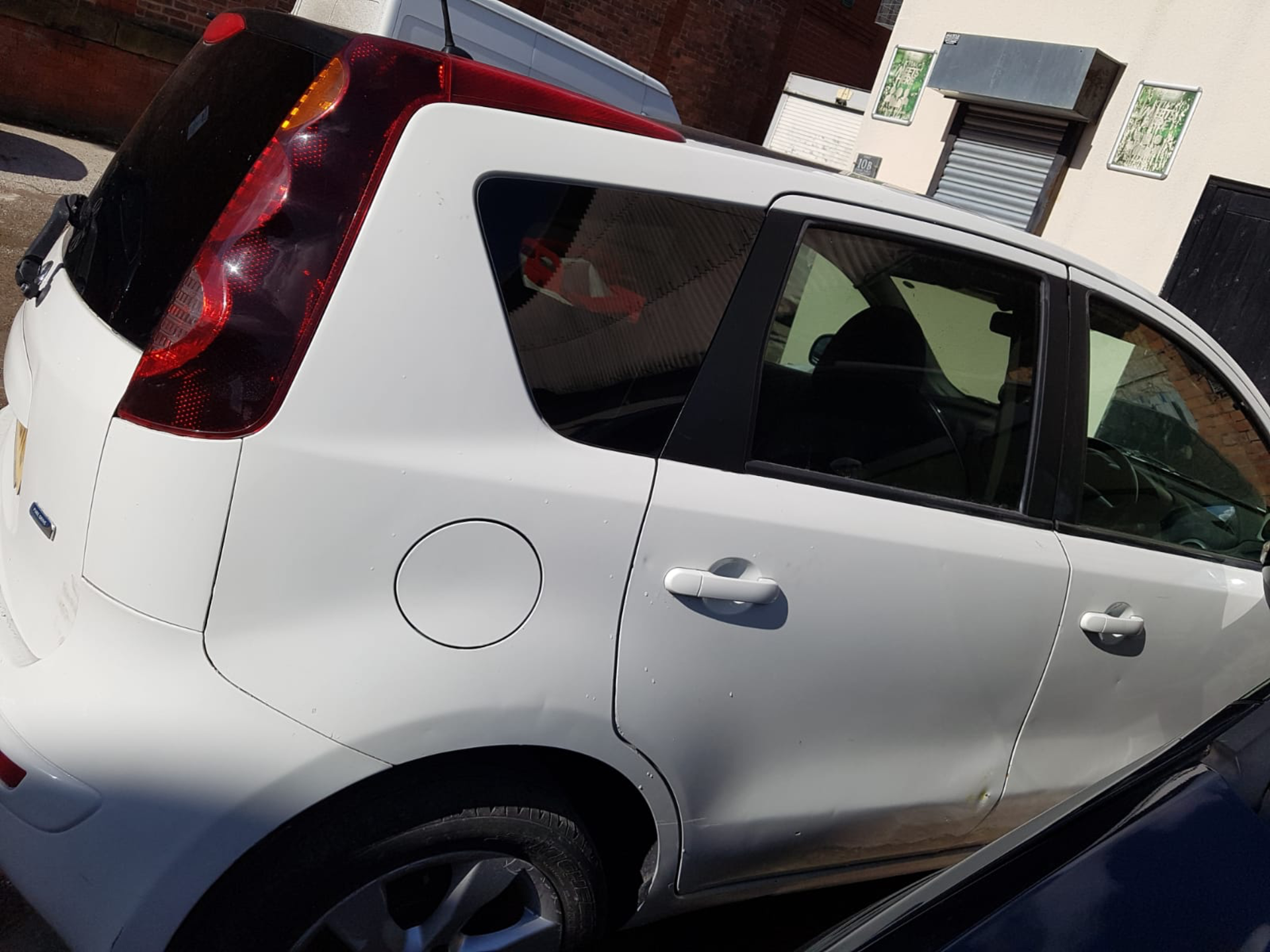 WHITE NISSAN NOTE 2010 GU10 BVL 61000 MILES COLLECTION MANCHESTER - Image 2 of 4