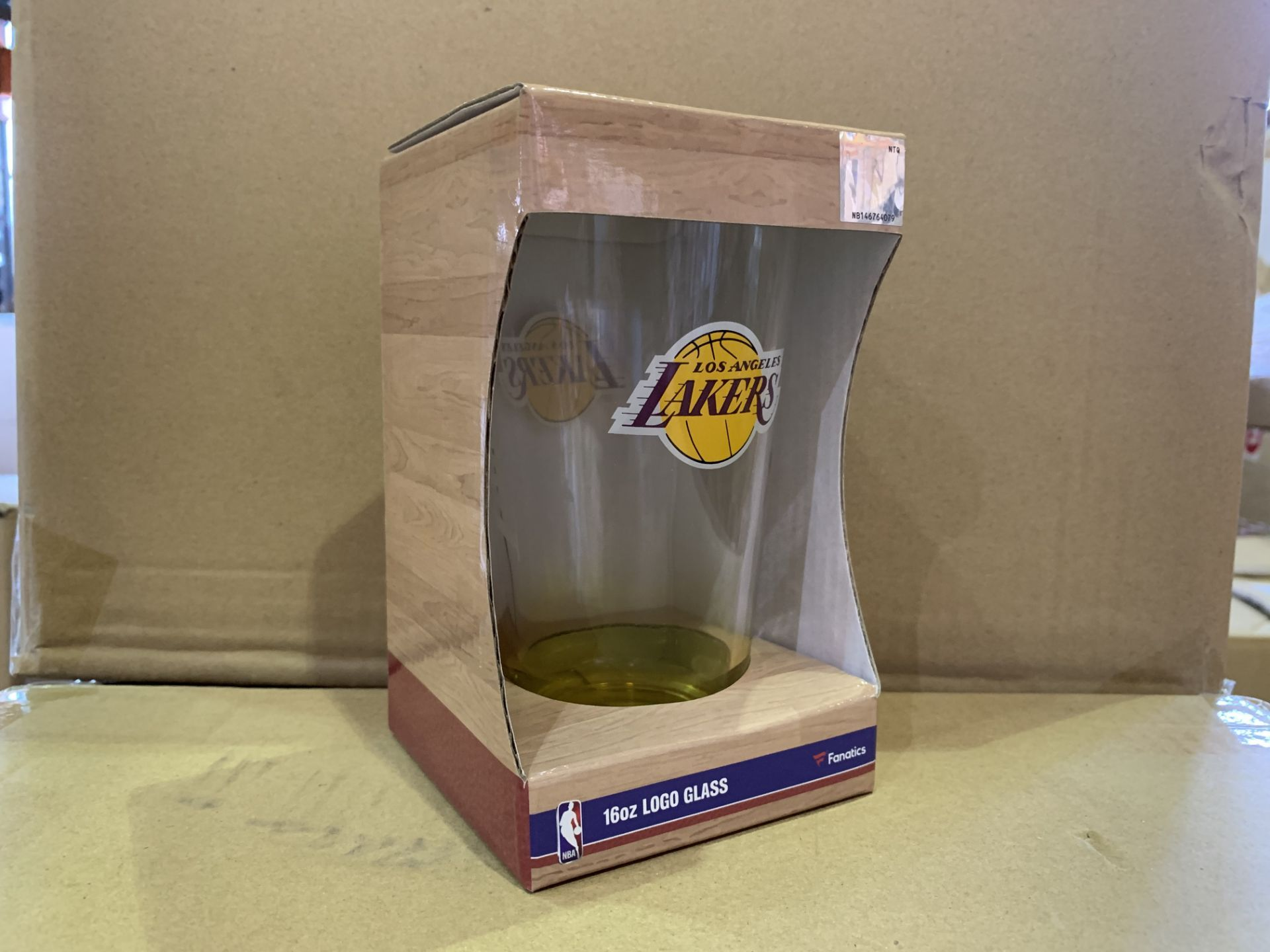 25 X BRAND NEW INDIVIDUALLY RETAIL PACKAGED LA LAKERS 160Z GLASS (1245/27)