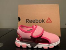 NEW & BOXED REEBOK SANDAL SIZE INFANT 5 (85 UPSTAIRS)