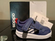 NEW & BOXED ADIDAS TRAINERS SIZE INFANT 3 (273 UPSTAIRS)
