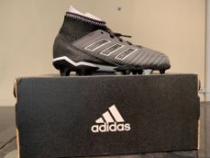 NEW & BOXED ADIDAS FOOTBALL BOOTS SIZE INFANT 11 (158 UPSTAIRS)