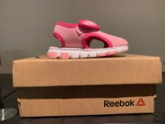 NEW & BOXED REEBOK SANDAL SIZE INFANT 5 (25 UPSTAIRS)