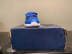NEW & BOXED REEBOK TRAINER SIZE INFANT 4 (26 UPSTAIRS)