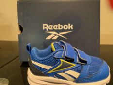 NEW & BOXED REEBOK TRAINERS SIZE INFANT 4(221 UPSTAIRS)