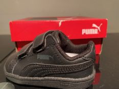 NEW & BOXED PUMA TRAINERS SIZE INFANT 3 (268 UPSTAIRS)