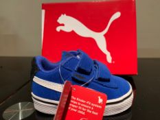 NEW & BOXED PUMA TRAINERS SIZE INFANT 3 (265 UPSTAIRS)