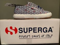 NEW & BOXED SUPERGA TRAINERS SIZE JUNIOR 10 (10 UPSTAIRS)