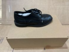 1 X NEW & BOXED CLARKS SHOES NZ864301 SIZE JUNIOR 2 (110/28)