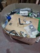 (Z87) PALLET TO CONTAIN A LARGE QTY OF VARIOUS ITEMS TO INCLUDE: FIRST AID KITS, LED LIGHTBULBS