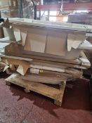 (M52) PALLET TO CONTAIN 7 BATHS TO INCLUDE FREESTANDING. SIZES 1600x700 & 1700x700MM. ORIGINAL RRP