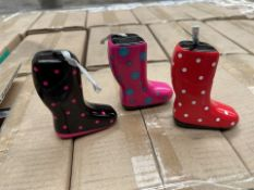 1 x Pallet containing THE SILVER CRANE CO tins - Small welly tin in 3 styles. Red, Floral & black.