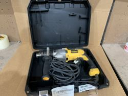 DEWALT SILVER BULLET 1300W 127MM DIAMOND DRILL 230V. WITH CARRY CASE. UNCHECKED