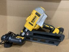 DEWALT DCN692N 18V XR 2 SPEED NAIL GUN WITH BATTERY & CHARGER. UNCHECKED