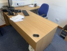 OFFICE CORNER DESK WITH DRAWERS AND OFFICE CHAIR AND 2 DRAWER FILING CABINET (34)
