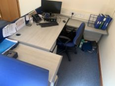 3 PIECE GREY OFFICE SET INCLUDING OFFICE DESK, DRAWERS AND DIVIDERS AND OFFICE CHAIR (26)