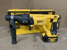 DEWALT DCH033 TYPE 1 BRUSHLESS CORDLESS SDS DRILL COMES WITH BOX AND BATTERY (UNCHECKED)
