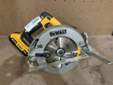 DEWALT DSC570 TYPE 2 CIRCULAR SAW COMES WITH BATTERY (UNCHECKED)