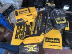 DEWALT DCN692 TYPE 3 FRAMING NAILER COMES WITH BOX BATTERY AND CHARGER (UNCHECKED)