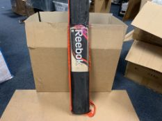 BRAND NEW REEBOK PROFESSIONAL CRICKET BAT WITH CARRY CASE