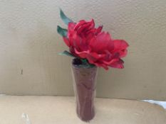12 X BRAND NEW RED FLOWERS IN A VASE (89/27)