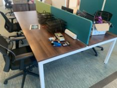 BAY OF 4 HIGH END OFFICE DESKS (CONTENTS NOT INCLUDED)