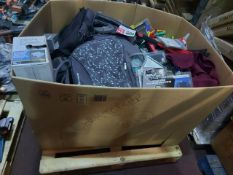 (M9) PALLET TO CONTAIN A LARGE QUANTITY OF ASSORTED ITEMS TO INCLUDE: BADABOO WEEKENDER BAG, COLOURS