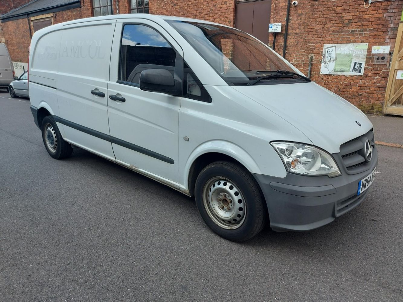 2014 MERCEDES VITO & STOCK FROM VARIOUS LIQUIDATIONS